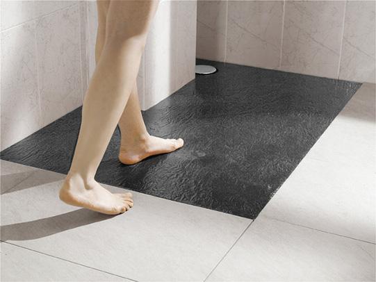 Pensando en renovar el plato de ducha conoce for Platos de ducha antideslizantes roca
