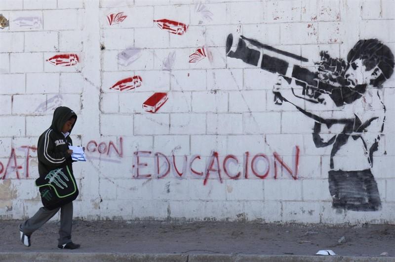 Hay 460 mil niños del narcotráfico en México