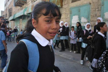 Los colonos israelíes atacan escuela en Naplusa por tercera vez