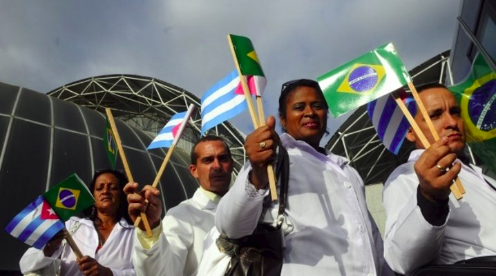 Cuba retirará a sus médicos de Brasil tras las declaraciones de Bolsonaro